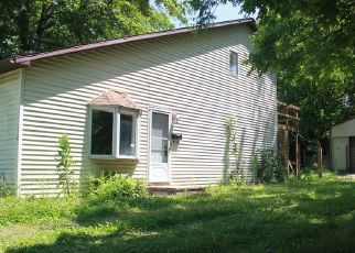 Pre Foreclosure in Princeton 47670 N CENTER ST - Property ID: 1532888566