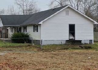 Pre Foreclosure in Charlestown 47111 FAIRFIELD AVE - Property ID: 1532925799