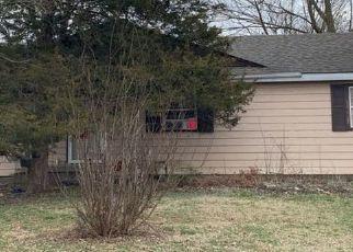 Pre Foreclosure in Sellersburg 47172 CLARK ST - Property ID: 1532947693