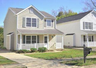 Pre Foreclosure in Louisville 40258 HUNTERS CREEK BLVD - Property ID: 1532964779