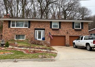 Pre Foreclosure in Council Bluffs 51503 NORTON AVE - Property ID: 1533241126
