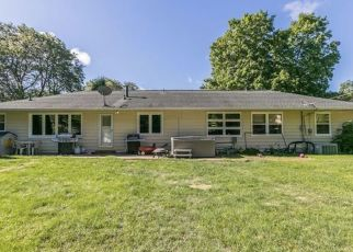 Pre Foreclosure in Cedar Rapids 52403 IOWA AVE SE - Property ID: 1533418510