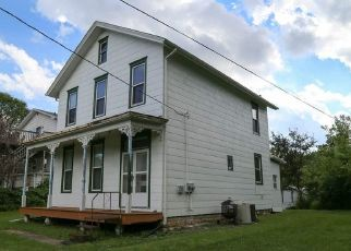 Pre Foreclosure in Dubuque 52001 N MAIN ST - Property ID: 1533420711