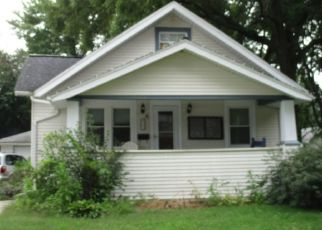 Pre Foreclosure in Marion 52302 9TH AVE - Property ID: 1533449614