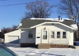 Pre Foreclosure in Newton 50208 CRESCENT DR - Property ID: 1533464952
