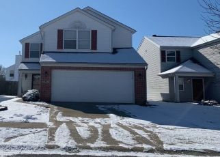 Pre Foreclosure in Indianapolis 46235 SIGNET LN - Property ID: 1533475448