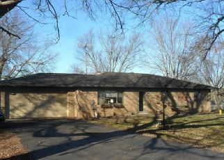 Pre Foreclosure in Crawfordsville 47933 N CENTER LN - Property ID: 1533527568