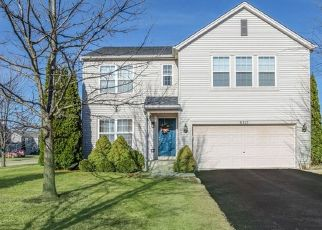 Pre Foreclosure in Plainfield 60586 BLUE RIDGE DR - Property ID: 1533792996