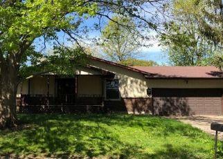 Pre Foreclosure in Monticello 61856 SURREY CT - Property ID: 1533801298