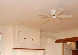 Pre Foreclosure in Hampton 08827 CHARLESTOWN RD - Property ID: 1533849483
