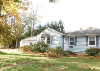 Pre Foreclosure in Agawam 01001 ALTHEA CIR - Property ID: 1533977371