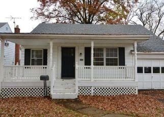 Pre Foreclosure in Cincinnati 45224 BRYN MAWR DR - Property ID: 1533998388