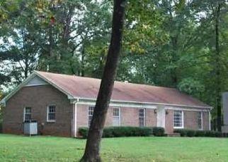 Pre Foreclosure in Greensboro 27406 CHAROLAIS DR - Property ID: 1534055325