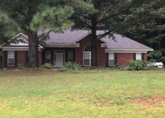 Pre Foreclosure in Hamilton 31811 MOUNTAIN CREEK DR - Property ID: 1534264233