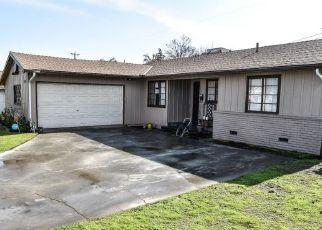 Pre Foreclosure in Fresno 93726 E HAMPTON WAY - Property ID: 1534301468