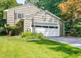 Pre Foreclosure in Westport 06880 PUMPKIN HILL RD - Property ID: 1534530530