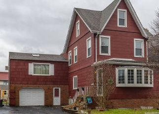 Pre Foreclosure in Roselle Park 07204 SHERIDAN AVE - Property ID: 1534616820