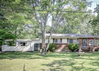 Pre Foreclosure in Waterford Works 08089 EDWARDS AVE - Property ID: 1535919338