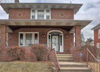 Pre Foreclosure in Reading 19611 SUMMIT ST - Property ID: 1535937300