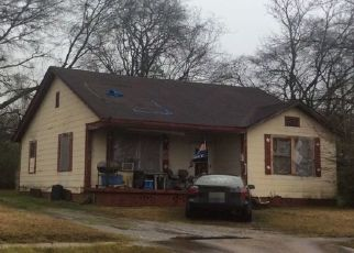 Pre Foreclosure in Gadsden 35903 WILSON AVE - Property ID: 1536425200