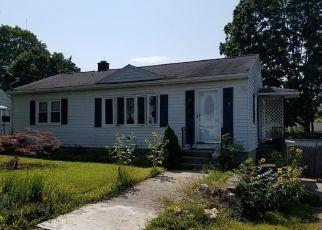 Pre Foreclosure in Waterbury 06706 WYOMING AVE - Property ID: 1536662144