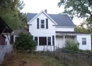 Pre Foreclosure in Fitchburg 01420 MITCHELL ST - Property ID: 1537661609