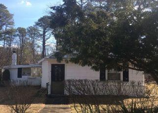 Pre Foreclosure in Browns Mills 08015 MOCKINGBIRD LN - Property ID: 1537689640