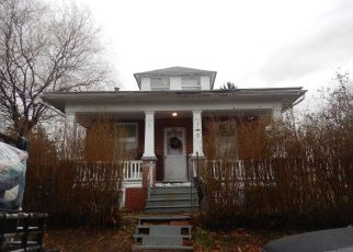 Pre Foreclosure in Pottstown 19464 E RACE ST - Property ID: 1537947157