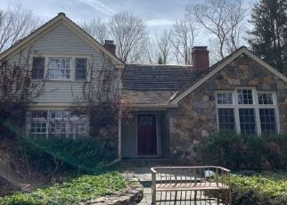 Pre Foreclosure in Redding 06896 CROSS HWY - Property ID: 1538136360