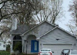 Pre Foreclosure in Torrington 06790 LINDBERG ST - Property ID: 1538304100