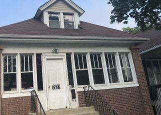 Pre Foreclosure in Chicago 60617 S RIDGELAND AVE - Property ID: 1538307170