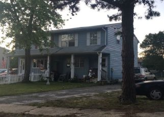 Pre Foreclosure in Lakehurst 08733 PINE ST - Property ID: 1538386902