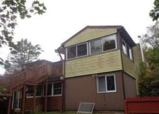 Pre Foreclosure in New Fairfield 06812 BALL POND RD - Property ID: 1538428497