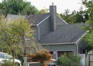 Pre Foreclosure in Milford 08848 FAIRVIEW AVE - Property ID: 1538798136