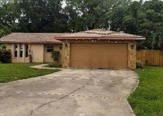 Pre Foreclosure in Bradenton 34209 HERITAGE LN - Property ID: 1538813482