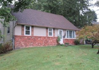 Pre Foreclosure in Feasterville Trevose 19053 LARCHWOOD AVE - Property ID: 1538918597