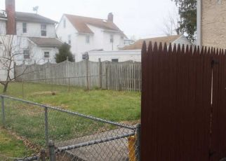 Pre Foreclosure in Darby 19023 BROAD ST - Property ID: 1539174366
