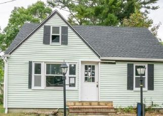 Pre Foreclosure in Wareham 02571 11TH AVE - Property ID: 1539245314