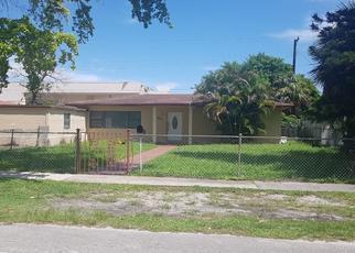 Pre Foreclosure in Miami 33162 NE 164TH ST - Property ID: 1539286940