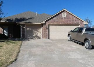 Pre Foreclosure in Elgin 73538 NE SUMMERWOOD DR - Property ID: 1539500665