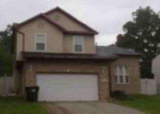 Pre Foreclosure in University Park 60484 SULLIVAN LN - Property ID: 1539543134