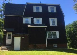 Pre Foreclosure in Manchester 06040 LEWIS ST - Property ID: 1539547520