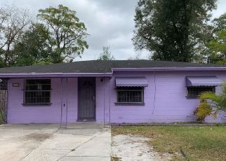 Pre Foreclosure in Tampa 33612 N JASMINE AVE - Property ID: 1539562860