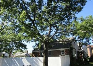 Pre Foreclosure in Floral Park 11001 257TH ST - Property ID: 1539606652