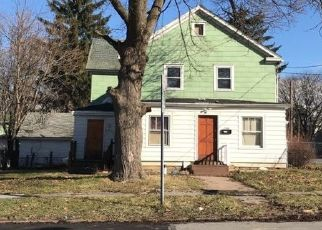 Pre Foreclosure in Syracuse 13208 SPRING ST - Property ID: 1539687680