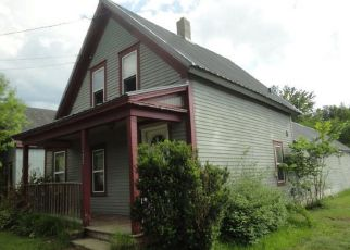 Pre Foreclosure in Farmington 04938 FAIRBANKS RD - Property ID: 1539730147