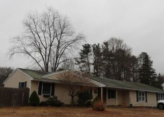 Pre Foreclosure in Peabody 01960 GLEN DR - Property ID: 1539756884
