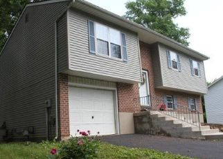 Pre Foreclosure in York 17402 PLEASANT ACRES RD - Property ID: 1539882573