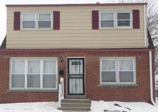 Pre Foreclosure in Milwaukee 53218 N 53RD ST - Property ID: 1539925944