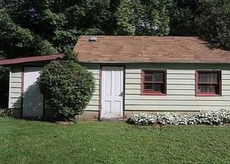 Pre Foreclosure in Oak Creek 53154 S NICHOLSON RD - Property ID: 1539998193